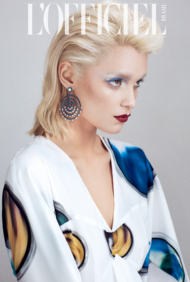 makeup-artist hairstylist abra kennedy